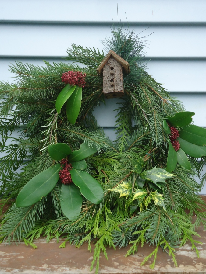 How to make a wreath in two unique ways